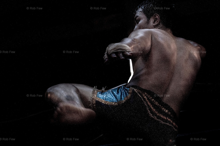 Muay Thai ... - Page 2 580
